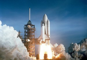 Space_Shuttle_Columbia_launching